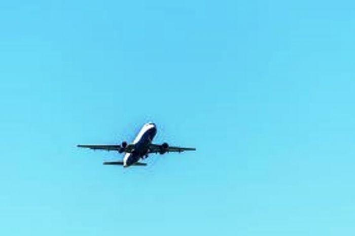 COVID-19, Ini Aturan Naik Pesawat Komersil Selama PSBB